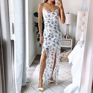 NEW Missguided white blue floral maxi dress 4